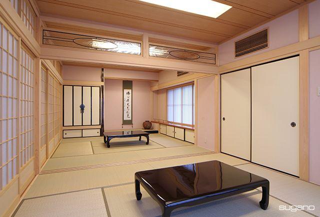 和室の壁は、一風変わって薄桃色。やさしい雰囲気の和室になりました。 #和風住宅 #和風建築 #和室 #ピンクの壁 #座敷 #家づくり #washitsu #住宅 #新築住宅 #設計事務所 #菅野企画設計