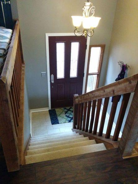 Split foyer staircase gets a makeover foyer staircase for Split foyer