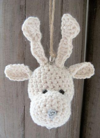 Reindeer crochet Christmas ornament pattern