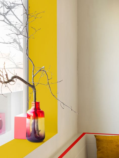 paint the interior of your window