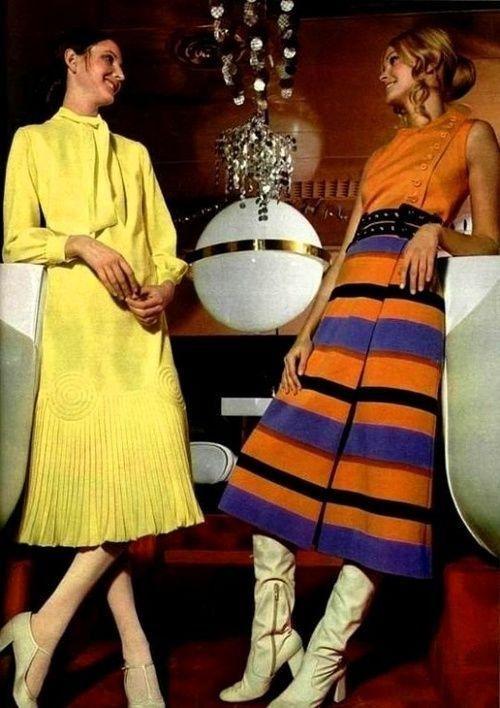 Fashion For LOfficiel 1971 Photo By Roland Bianchini
