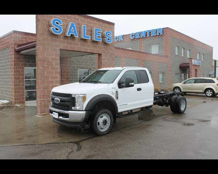 Best Used Trucks And Trailers For Sale Wallwork Truck Center Trucks Best Used Trucks Ford Work Trucks
