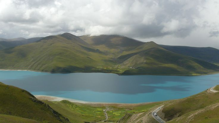 Lake Yamso in Tibet.