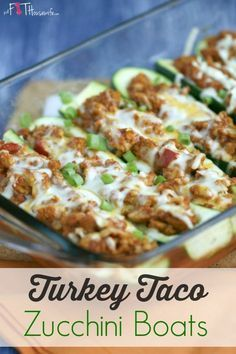 Turkey Taco Zucchini Boats. A healthy and low-carb recipe the whole family will enjoy. 21 Day Fix approved. | The Fit Housewife: