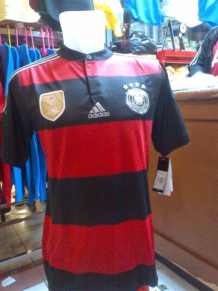 Jual Kaos Jersey  Bola:Germany FIFA World Cup 2014 Winning 4 Stars - Away...Rp.150.000,-