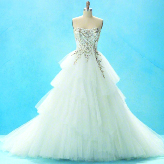 37 best beautiful dress images on pinterest gown for Cinderella inspired wedding dress