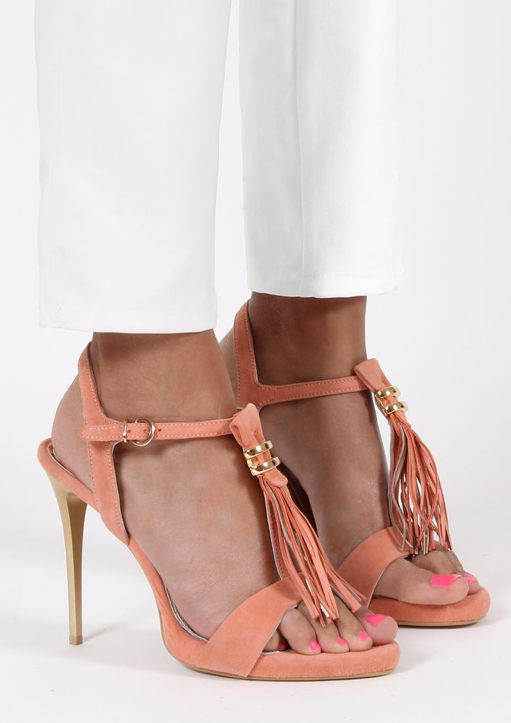 Adorable Sandals @Gianna Kazakou Online