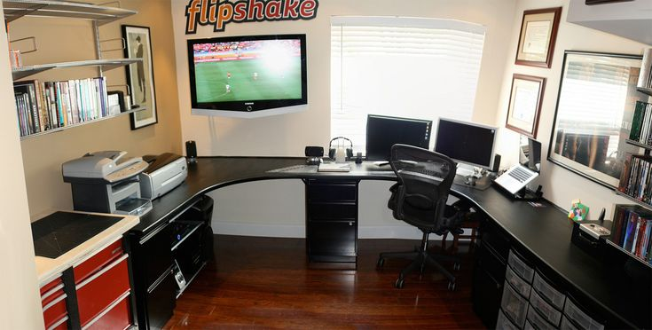 17 best ideas about garage office on pinterest basement for Wrap around desk plans