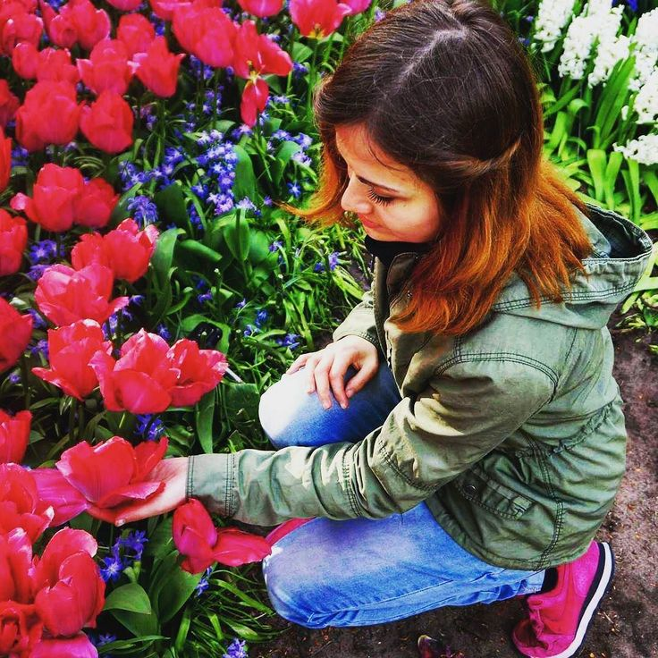 Salam  Menim adım Martadır  Mən polyakam. Necəsən? Learning Azerbaijani language. Baby steps  #azərbaycan #azerbaijan #azerbaijani #language #learning #memories #trip #travel #traveling #keukenhof #garden #tulips #tulipfestival #holland #netherlands #europe #nature #naturelover #polishgirl #picoftheday by postcard_in_journey