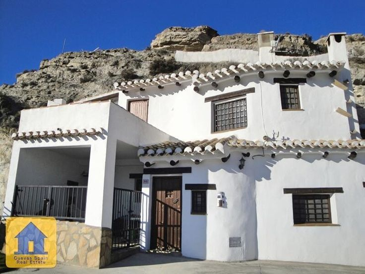 Large cave house over 2 floors - Galera € 85000