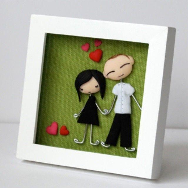 "@kodomis's photo: ""Cuadro para Lorena y Esteban #sanvalentin #cuadro #green #picture #marco #cuadros #pareja #regalopareja #regalo #present #cute #kawaii #artesania #hechoamano #handmade #fimo #arcillapolimerica #kodomi #kodomis #polymerclay #愛らしい #クリスマス #공예 #폴리머클레이 #귀여운"""