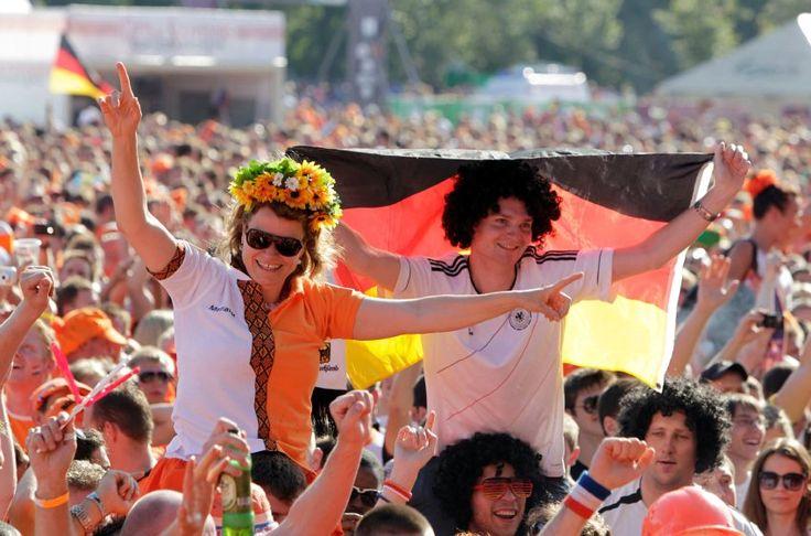 http://www.spiegel.de/politik/ausland/bbc-studie-deutschland-hat-weltweit-den-besten-ruf-a-901450.html