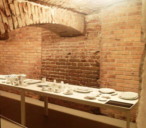 """Képtalálat a következőre: """"cellar exhibition"""""""