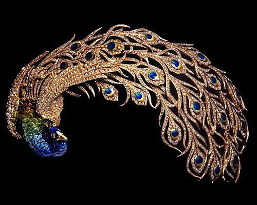 "1905 Mellerio dits Meller ""Paon Royal"" peacock headdress in gold and platinum with cloisonné-enamel and diamonds."