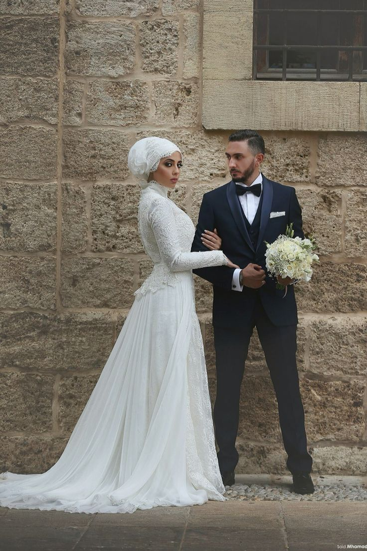 Elegant bride with Hijab ;)