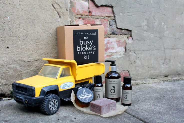 The busy bloke's recovery kit contains woodman aftershave oil; honey lemon hand cream; bay spice hand and body wash; lemon ironbark massage oil, and pepperberry olive oil soap. It is beautifully packaged and made from 100% natural ingredients in Yarck, Victoria. This kit looks great, smells great, and is a perfect gift. Please note: Toy truck is not included.