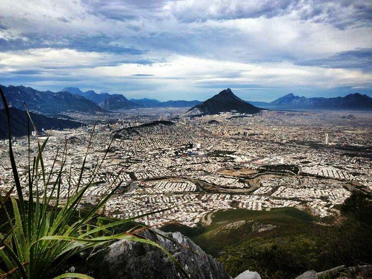 Vista desde el Pico Norte del Cerro de la Silla.