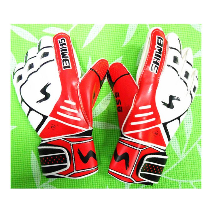 Thick Latex Goalkeeper Gloves Roll Finger red