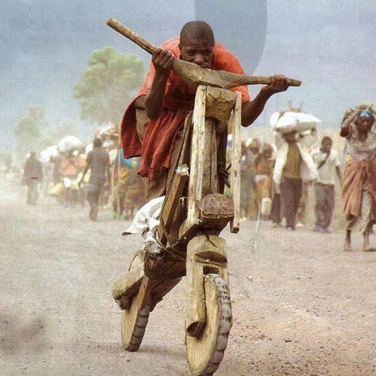 «Changer de camp cela n'est pas très difficile, il n'y a que la honte à enjamber…» Victor Hugo