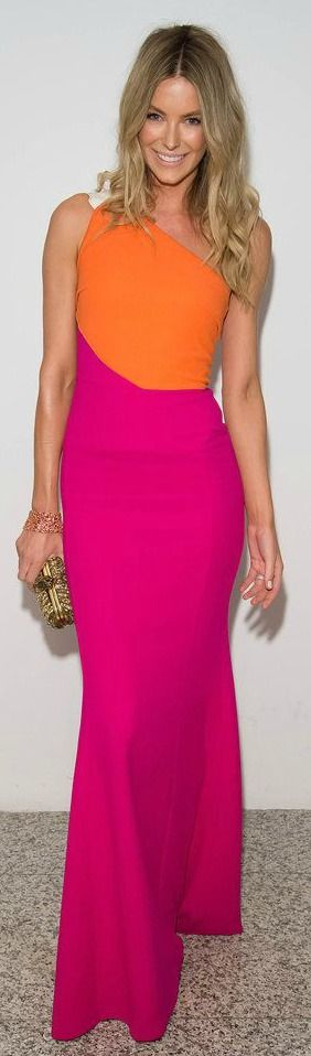 Jennifger Hawkings wearing Roland Mouret in a color block gown | House of Beccaria~