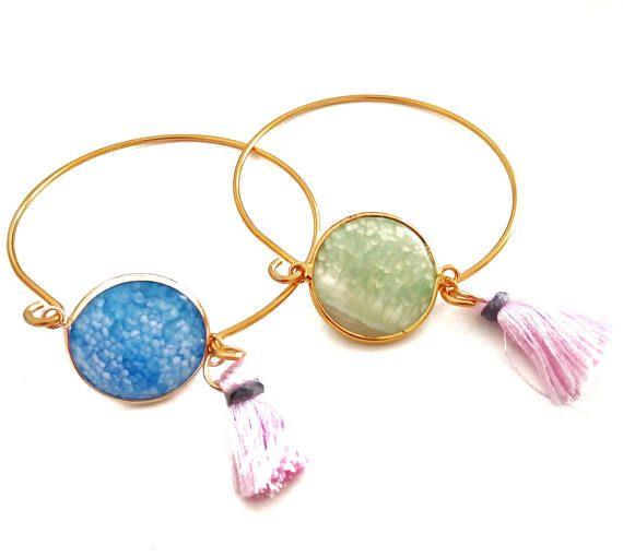 Agate Stone Bangle Bracelet, Tassel Accessory For Women, Best Friend Bridesmaid Jewelry Gift, Bridal Shower Favors, Multicolor Agate Jewels #BohemianSummerTales #agatebracelet #colorfulbangle #gemstonebanglebracelet