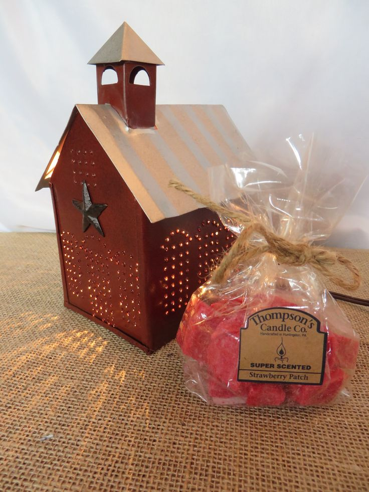 Rustic Primitive Vintage Country Little Schoolhouse Electric Tart Warmer with a Free bag of Crumbles