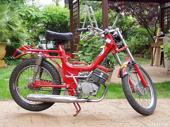 Motorcycle moped