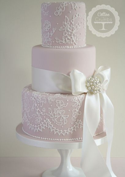 Lace inspired.   http://www.cottonandcrumbs.co.uk/wedding-cakes/