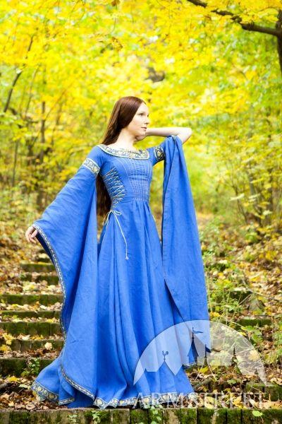 Robe médiévale en lin « Dame du Lac » d'ArmStreet