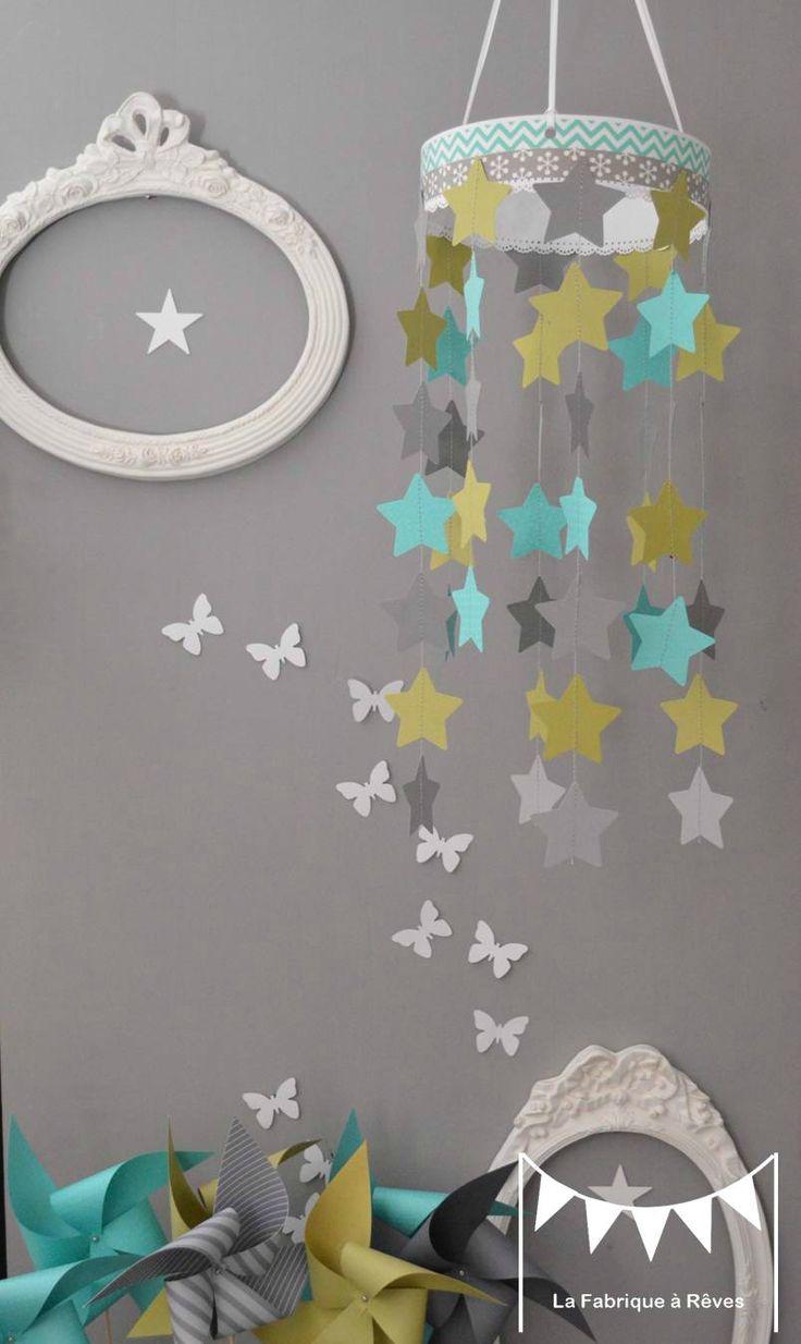 mobile étoiles turquoise vert anis gris décoration chambre enfant bébé garçon fille décoration mixte mariage baptême communion anniversaire