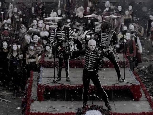 """High Quality Video  2006 WMG MCR's music video for """"Welcome to the Black Parade"""". Directed by Samuel Bayer"""