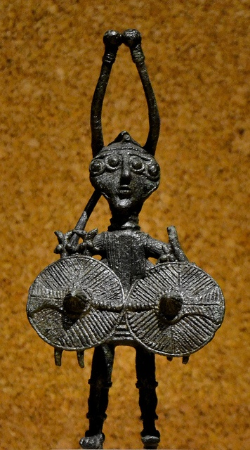Nuragic votive figurines - Heroic warrior with four eyes, four arms by Mat.Tauriello, via Flickr