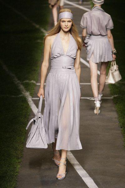 Hermès at Paris Fashion Week Spring 2010 - Runway Photos