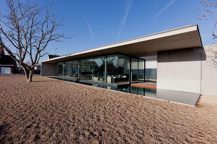 Corporate OBUMEX staden // Govaert & Vanhoutte Architects