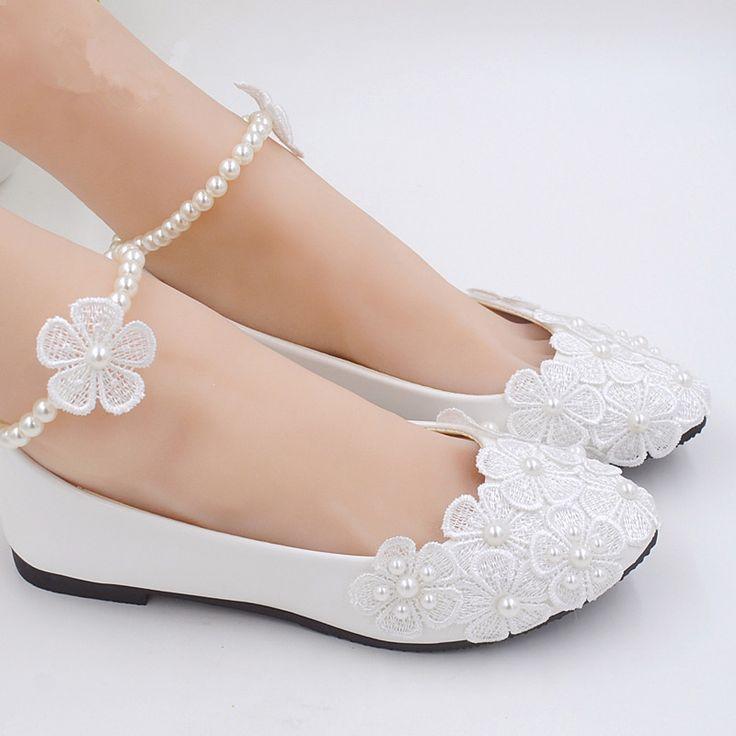 Encontrar Más Pisos de la Mujer Información acerca de 2015 hechos a mano blanco plana zapatos de boda de flores de novia de la perla de dama de honor de la princesa, alta calidad calzado zapatos de carnaval, China zapatos, zapatos, galería Proveedores, barato departamento de zapatos zapatos de UG Shoes en Aliexpress.com