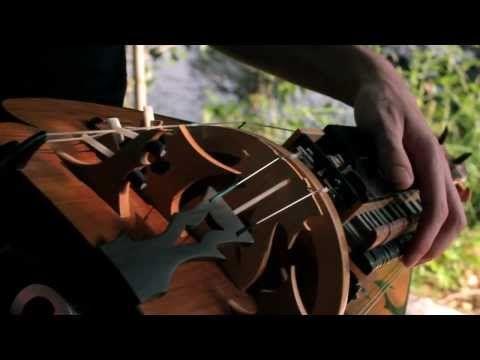 Hurdy-gurdy ❤ La Libellule et le Baobab ❤ https://www.youtube.com/watch?v=I67UexqArvY