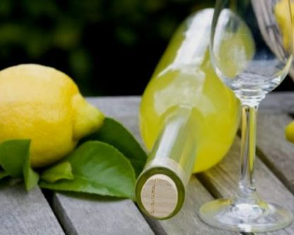 The most famous #lemon #liqueur, a specialty of #Campania. #Limoncello