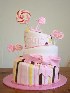 Becca's Musings: My Little Girls Birthday Cakes