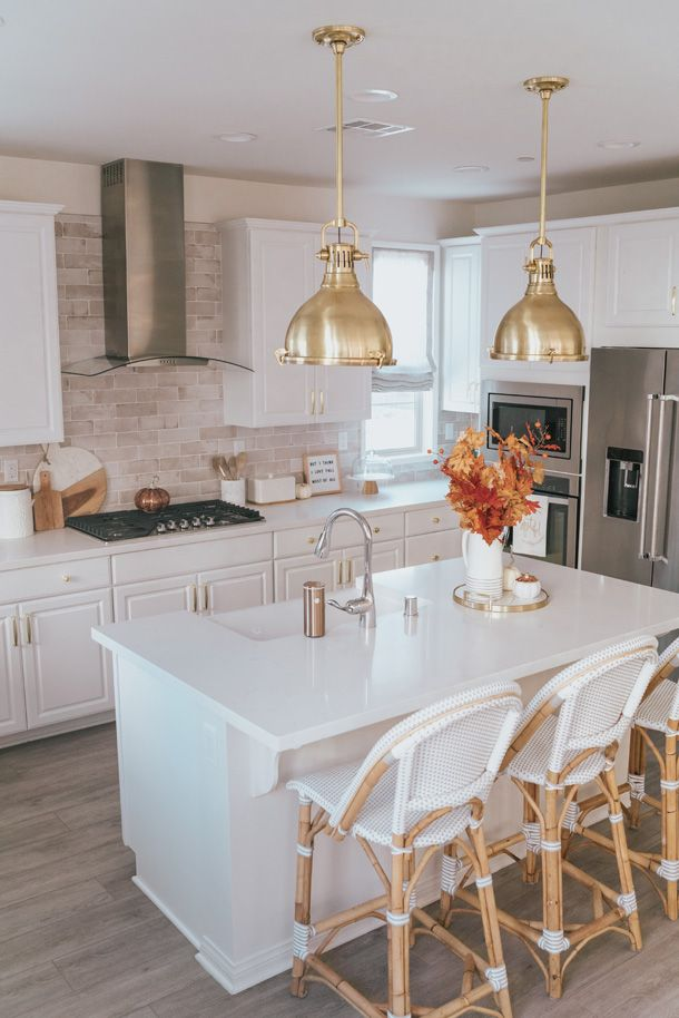 How To Pick The Best Pendant Lights For Your Kitchen Kitchen Pendant Lighting Kitchen Brass Pendant Lights Kitchen Brass pendant light kitchen