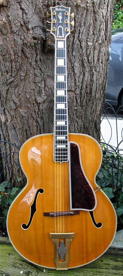 Gibson L-5 Acoustic Archtop Guitar, Vintage 1939 Blonde Excellent original condition, including tweed stripe case. Fancy Flame Maple Parallel Bracing