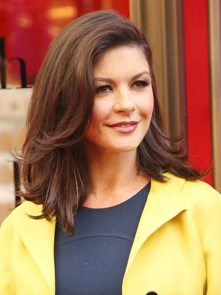 Hair and makeup: Catherine Zeta-Jones