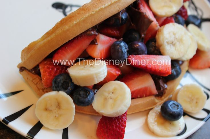 Disney Recipes: Nutella Waffle Sandwich from Sleepy Hollow (Magic Kingdom) www.TheDisneyDiner.com