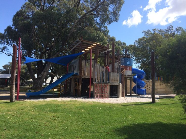 Rotary Park Wanneroo. Find out how far this playground is from your current location and get a map to take you there with the Kids Around Perth app available from Google Play or the App Store