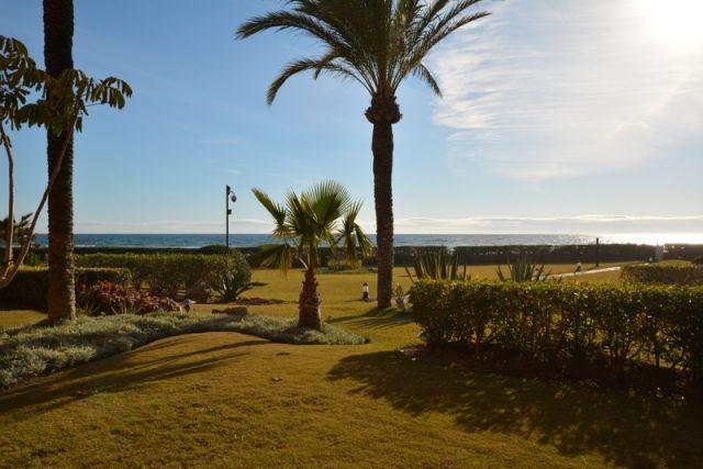 Fontline beach luxury in Marbella