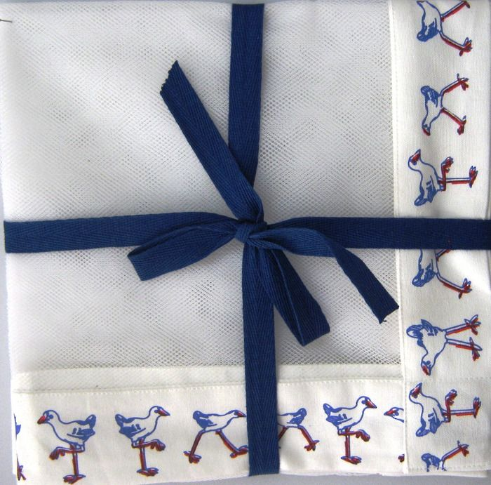 Keep your food safe from pesky flies with this Pukeko pattered food throw.