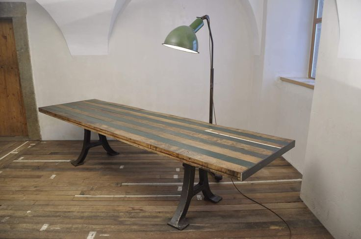 ET3 green strips table – EMBASSYINTERIORS