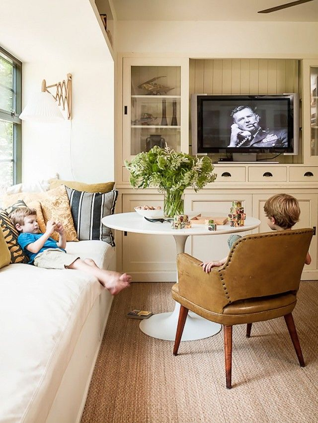 Stupendous 17 Best Ideas About Small Tv Rooms On Pinterest Small Apartment Inspirational Interior Design Netriciaus