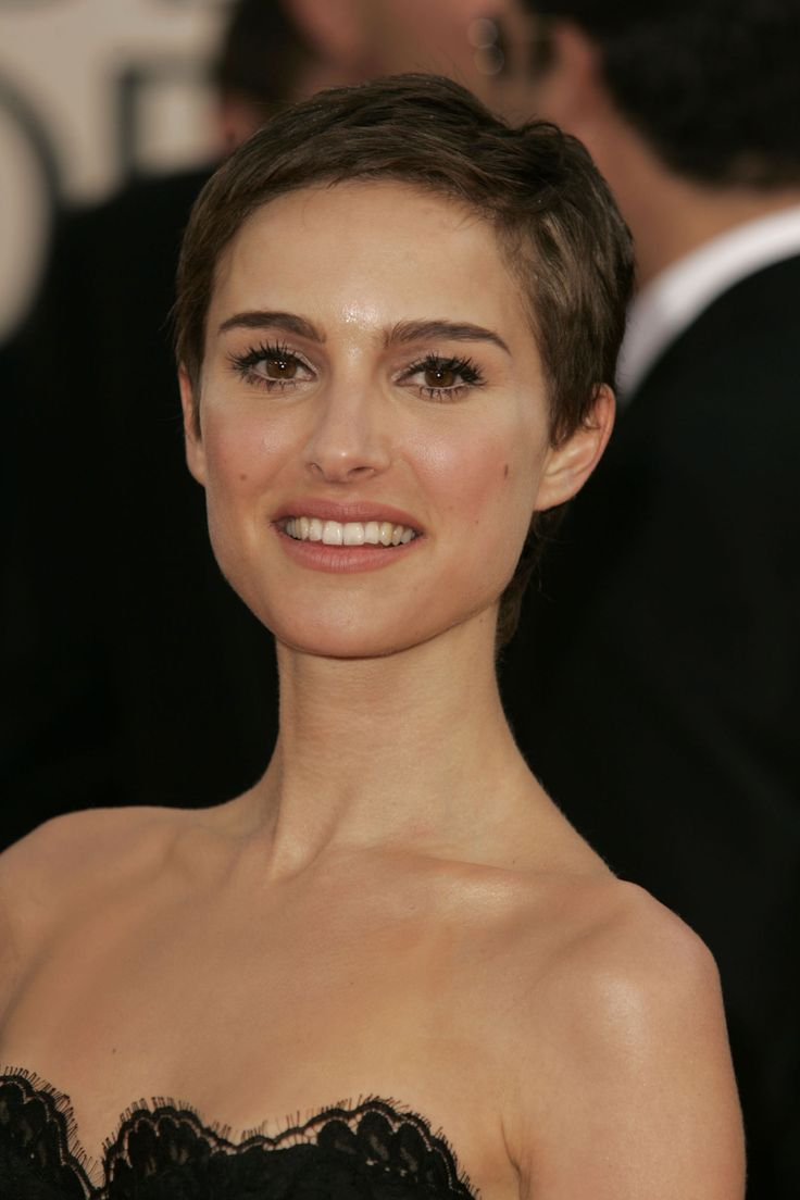 16 Hottest Female Celebrities With Shaved Heads - Blogrope