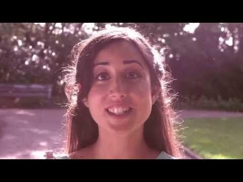Me gusta - Micropelis - YouTube. Un vídeo genial para introducir el uso del verbo 'gustar' en español.