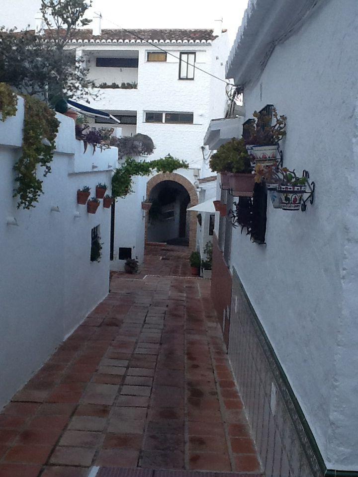 Puebla Blanca, Fuengirola